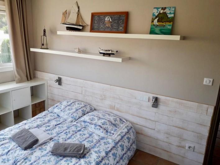 Location de vacances - Maison - Villa à Six-Fours-les-Plages - chambre 2.