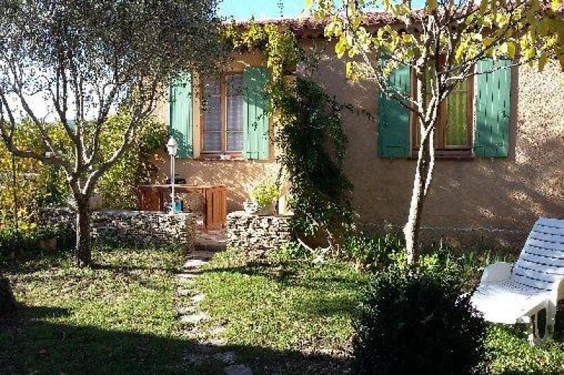 Location de vacances - Villa à Revest-des-Brousses - Jardin