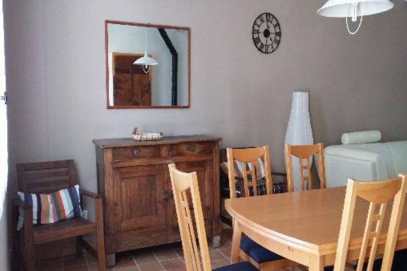 Location de vacances - Villa à Revest-des-Brousses - Salle à manger