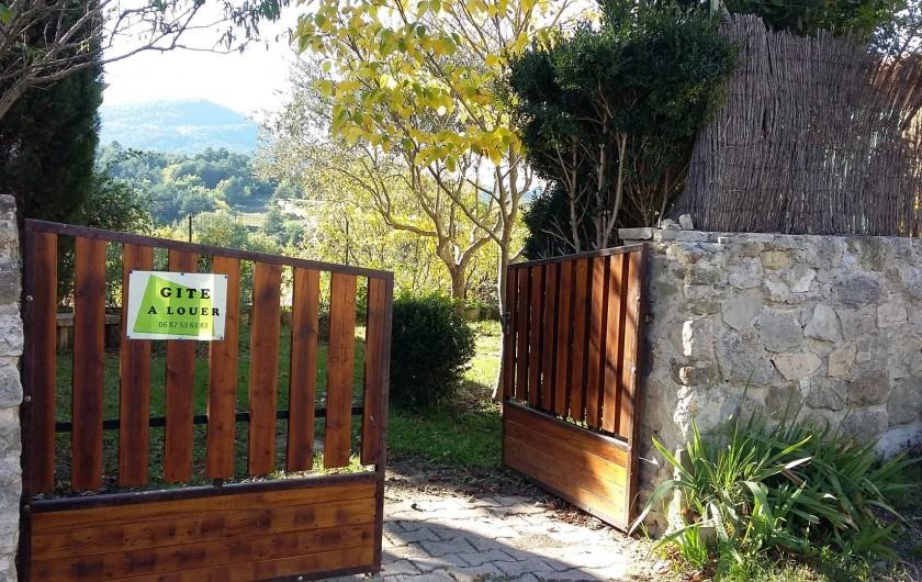 Location de vacances - Villa à Revest-des-Brousses - Portail