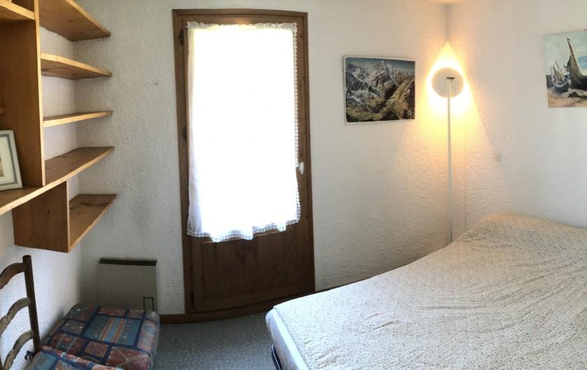 Location de vacances - Appartement à Les Houches - chambre parents