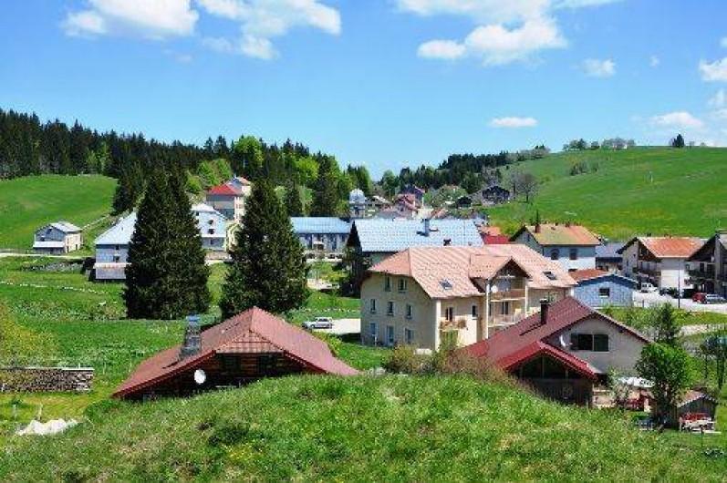Location de vacances - Chalet à La Pesse - Village de La Pesse