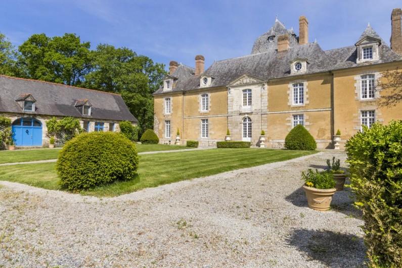 Location de vacances - Château - Manoir à Poligné - Façade du Château du Bois Glaume