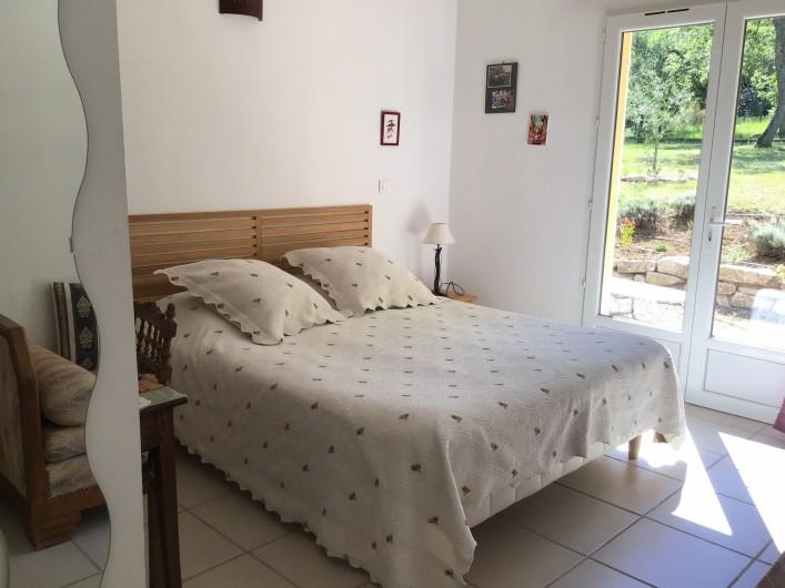 Location de vacances - Gîte à Mollans-sur-Ouvèze - Chambre 1 avec lit double en 160