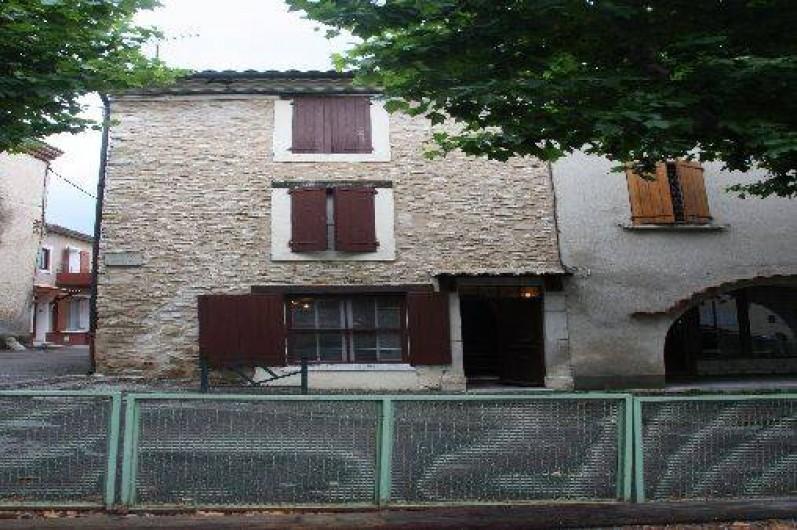 Location de vacances - Villa à Saint-Étienne-les-Orgues - Entrée de la maison