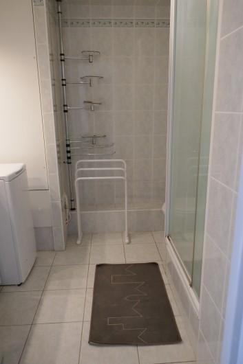 Location de vacances - Appartement à La Grande-Motte - salle de bain-toilette