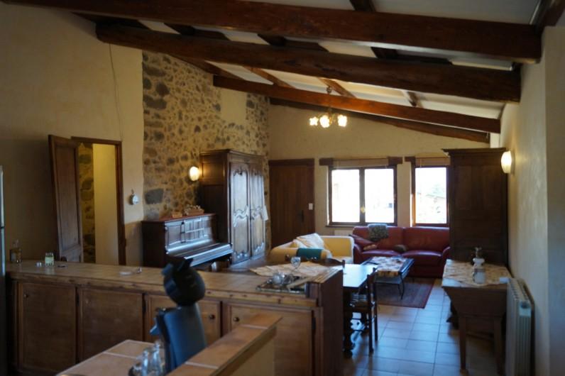 Location de vacances - Gîte à La Rochette - salon salle à manger du gîte 6 pièces
