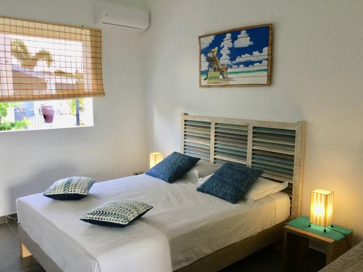 Location de vacances - Villa à Sainte-Anne - Chambre 2 lit 160 x 200