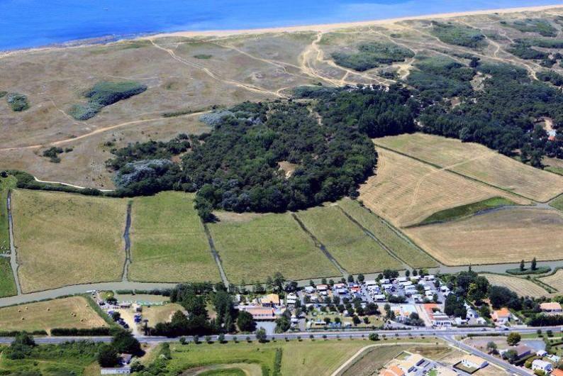 Location de vacances - Camping à Givrand - Vue aérienne camping le Jaunay