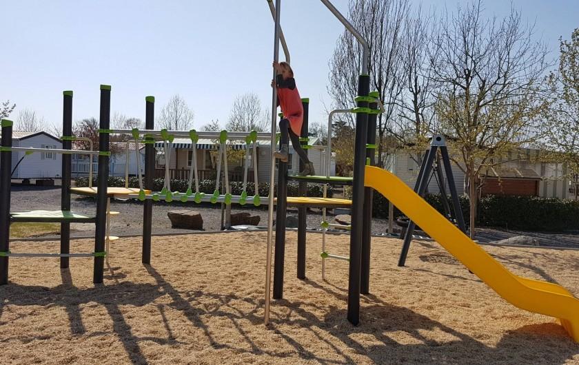 Location de vacances - Camping à Givrand - Aire de jeux