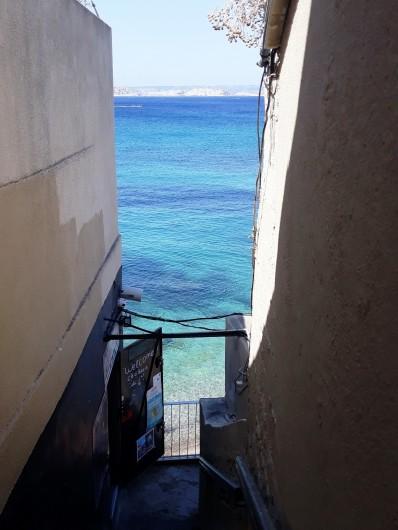 Location de vacances - Studio à Marseille - Arrivée depuis le parking