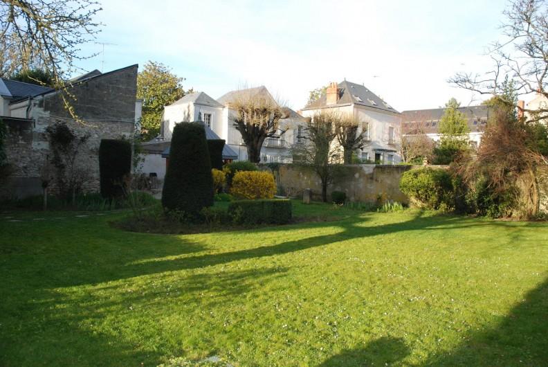 Location de vacances - Appartement à Tours - Jardin