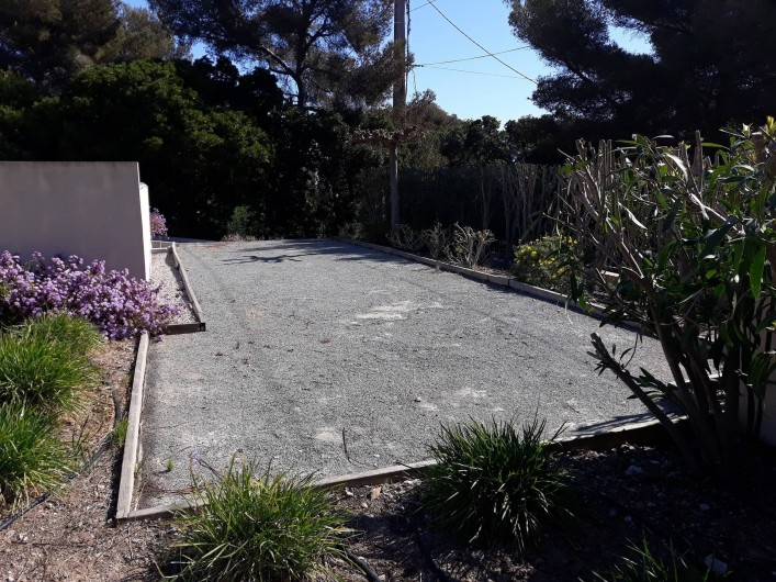 Location de vacances - Appartement à Les Issambres - Terrain de pétanque copro