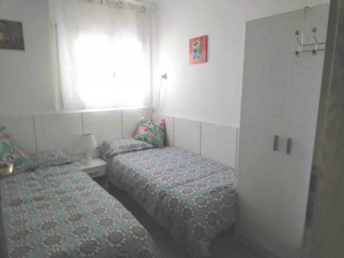 Location de vacances - Villa à Cambrils - chambre à 2lits N0 4