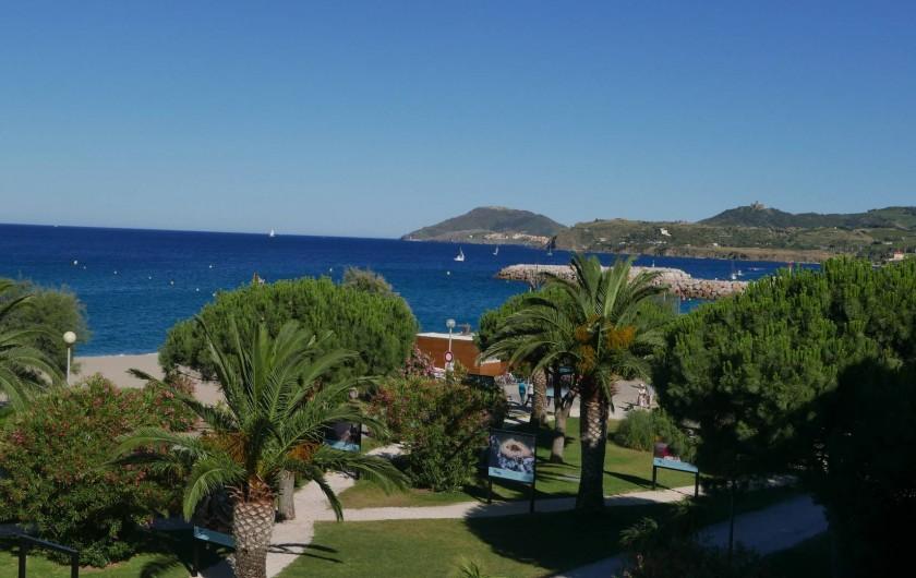 Location de vacances - Chalet à Argelès-sur-Mer - vue depuis terrasse séjour