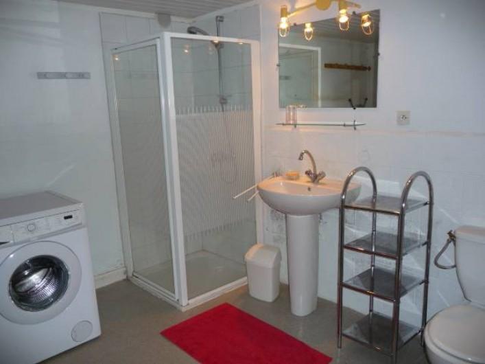 Location de vacances - Chalet à Argelès-sur-Mer - salle bain rez de chaussée
