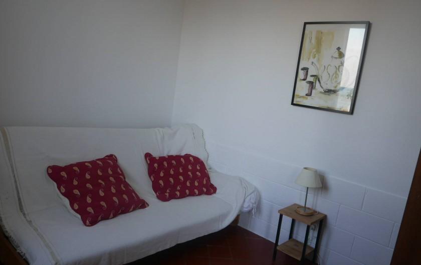 Location de vacances - Chalet à Argelès-sur-Mer - Quatrième chambre  (séparée dubsèjour par un rideau)