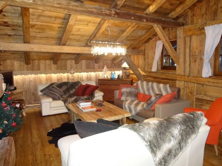 Location de vacances - Chalet à Les Gets - salon suite