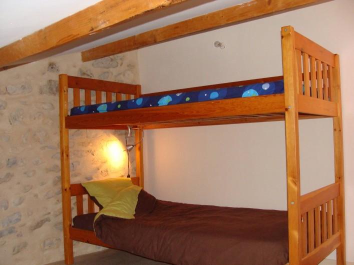 Location de vacances - Mas à Mirabel-et-Blacons - dortoir lit 2