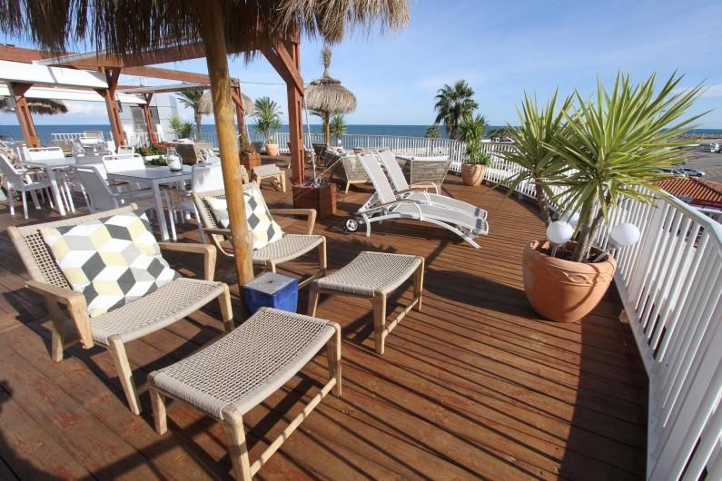 Location de vacances - Appartement à Saint-Cyprien Plage - Salon de la Mer - lieu de vie partage