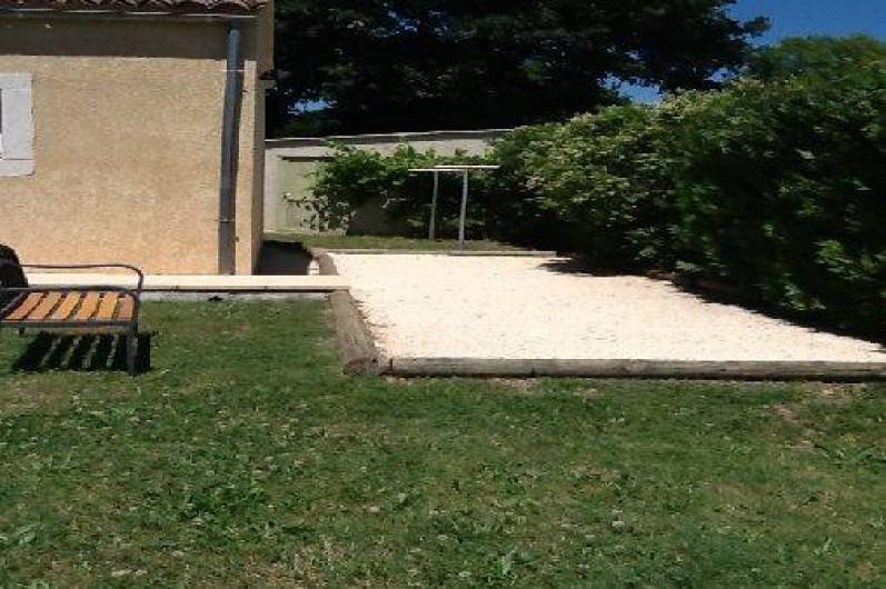 Location de vacances - Villa à Roussas - piste de pétanque