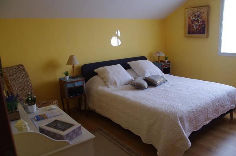 Location de vacances - Chambre d'hôtes à Grayan-et-l'Hôpital - chambre château d'Estournel de 18m2 avec literie de 160