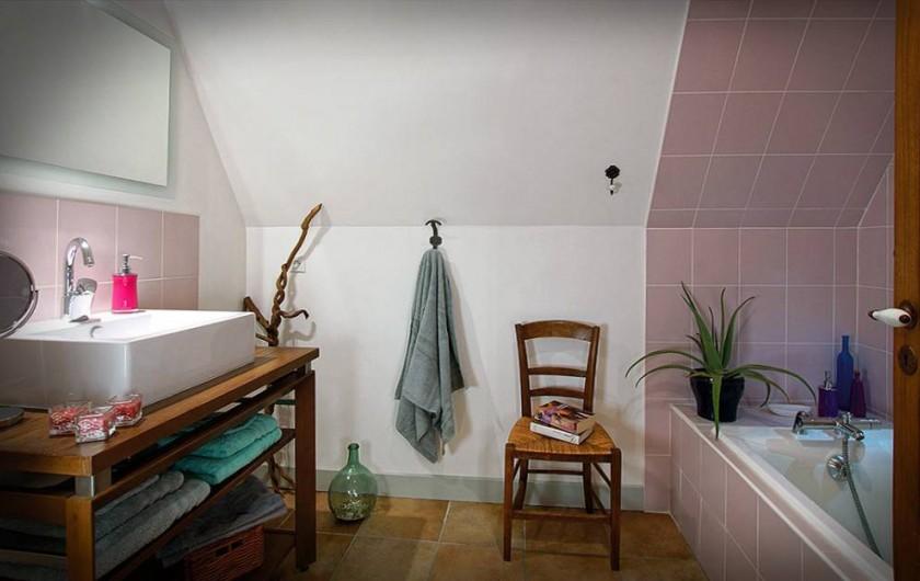 Location de vacances - Chambre d'hôtes à Espédaillac - Salle de bain