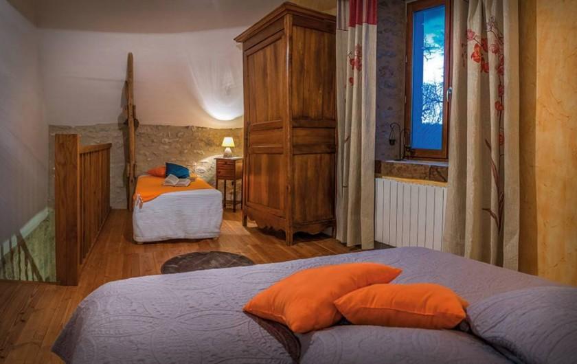 """Location de vacances - Chambre d'hôtes à Espédaillac - Suite """"Cassiopée"""""""