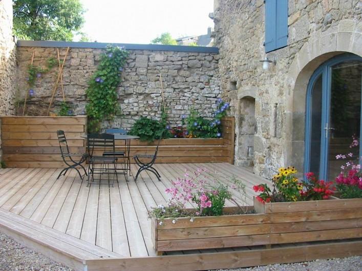 Location de vacances - Gîte à Roussennac - Terrasse suite d'hôtes