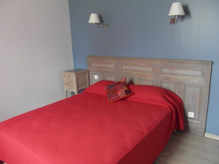 Location de vacances - Gîte à Roussennac - Chambre 1 sur 4 du gîte (au rez de chaussée)