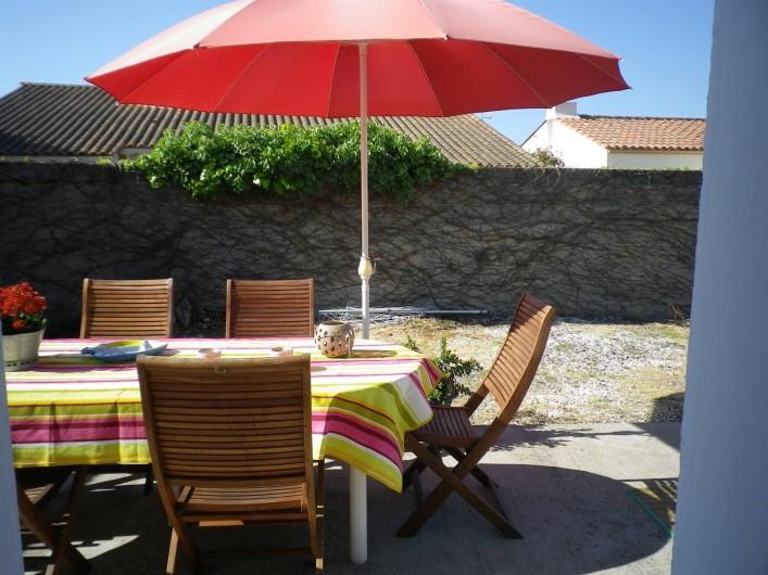 Location de vacances - Villa à Les Sables-d'Olonne - vu sur exterieur