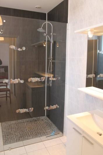 Location de vacances - Villa à Les Sables-d'Olonne - SDB