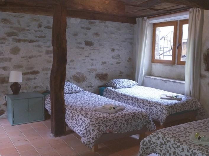 Location de vacances - Gîte à Saint-Vincent-d'Olargues - Chambre d'enfants Gîte 2