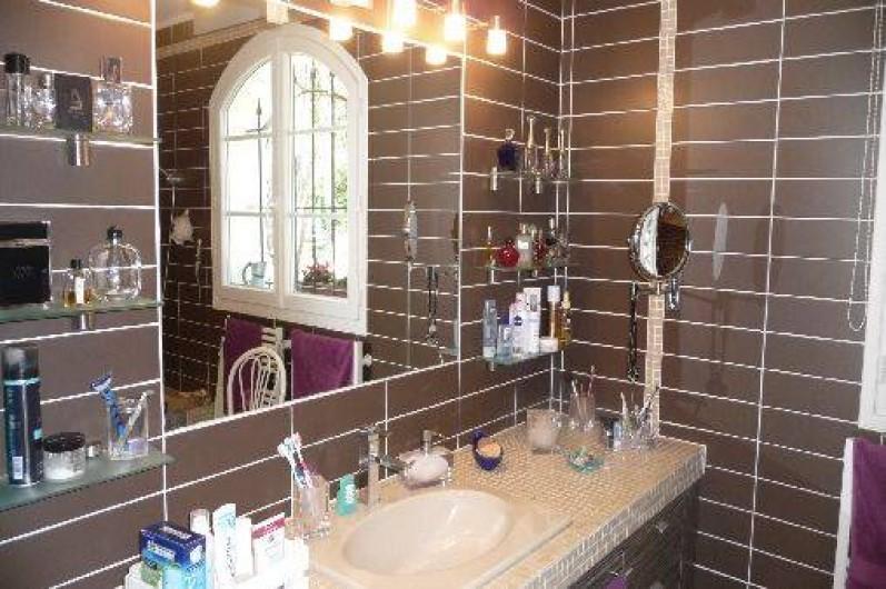 Location de vacances - Maison - Villa à Auriol - Salle de bain suite parentale