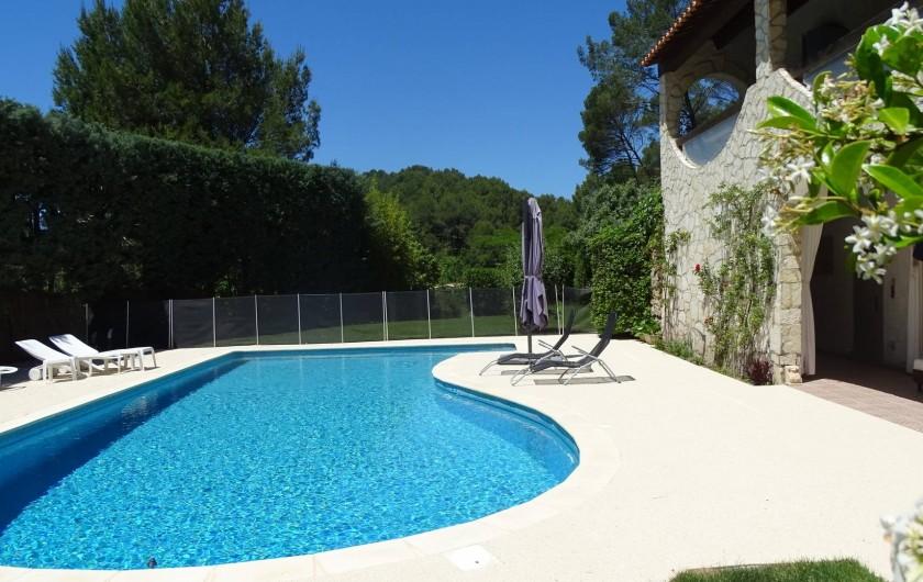 Location de vacances - Maison - Villa à Auriol - Piscine sécurisée par filets homologués