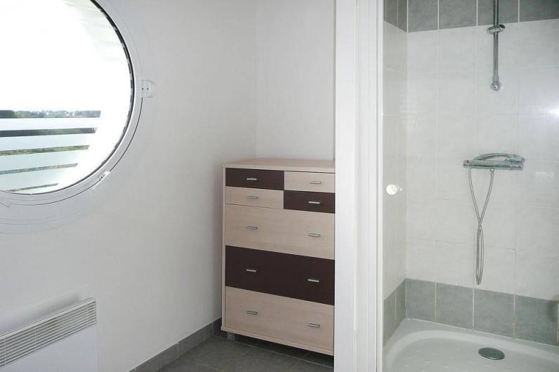 Location de vacances - Gîte à Kerlouan - La douche