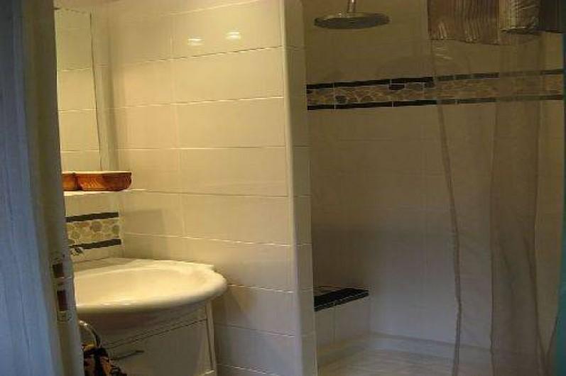 Location de vacances - Appartement à Collioure - salle d'eau de la chambre du capitaine