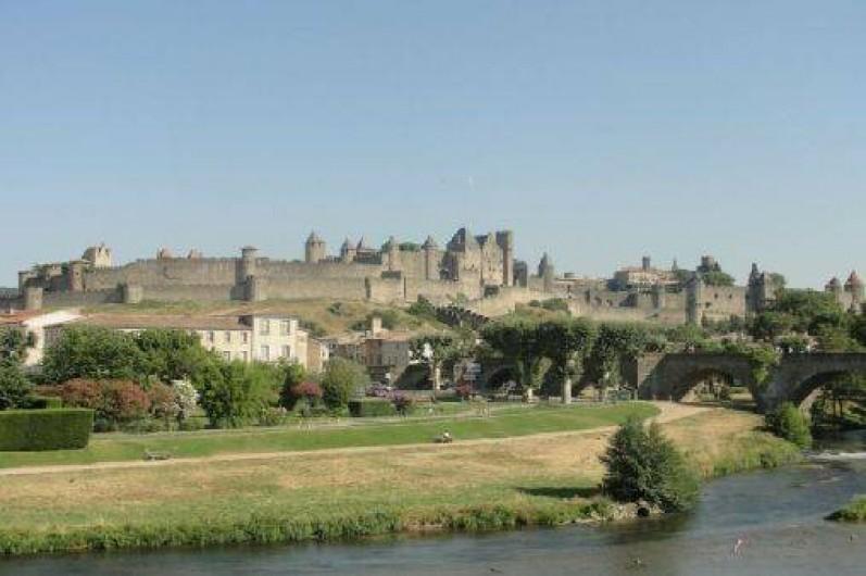 Location de vacances - Camping à Villemoustaussou - La superbe Cité Médiévale