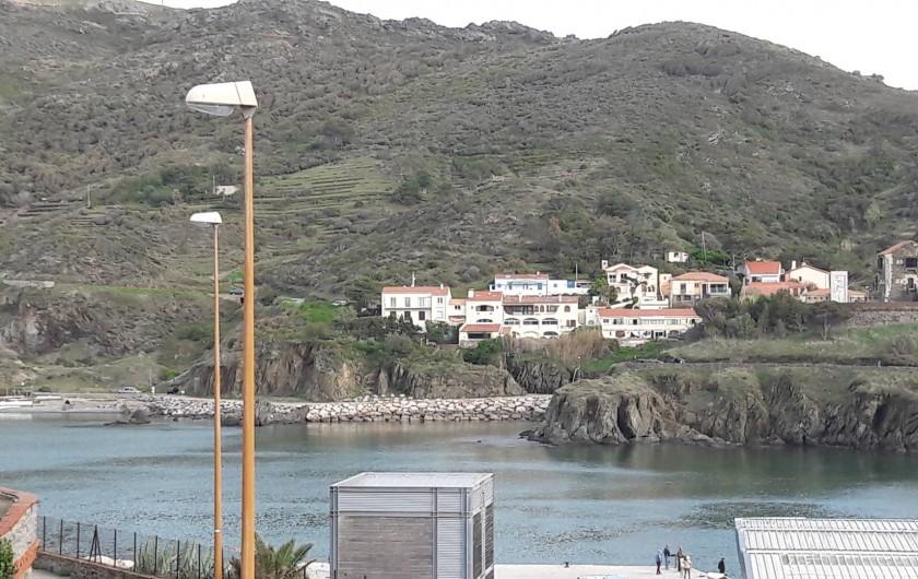 Location de vacances - Appartement à Port-Vendres - vue sur le port