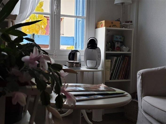 Location de vacances - Chambre d'hôtes à Tautavel - Salon commun - Lecture et jeux