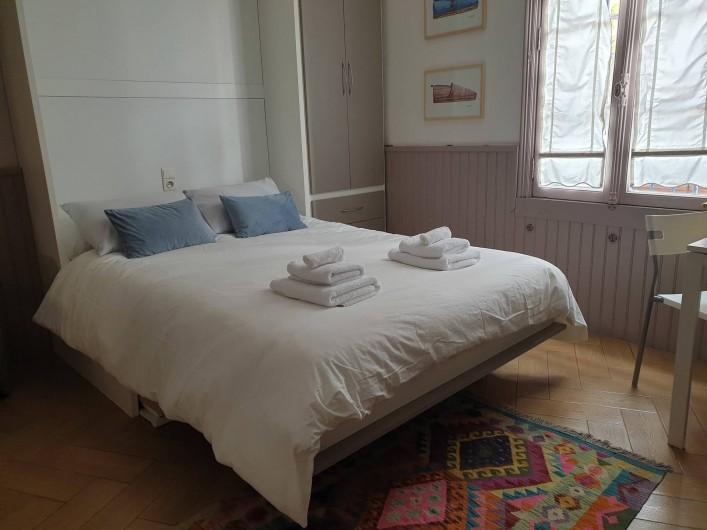 Location de vacances - Chambre d'hôtes à Tautavel - Gite - Studio Côte Vermeille (Lit armoire)