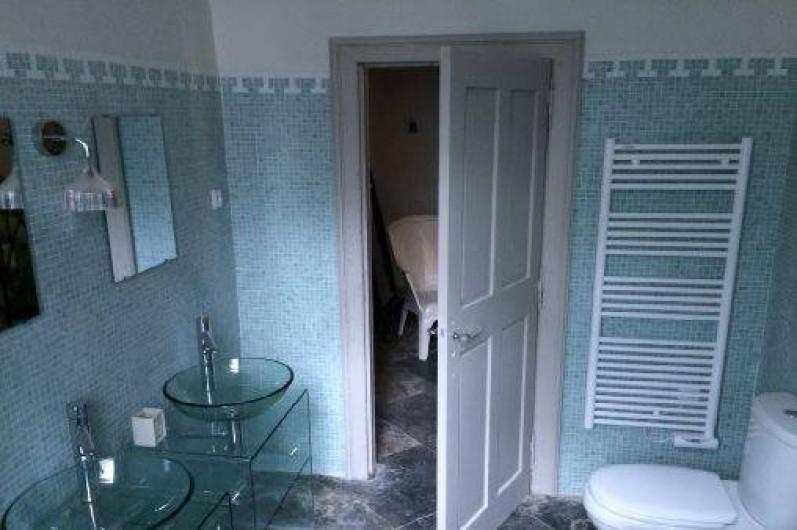 Location de vacances - Gîte à Les Vans - Salle de bain