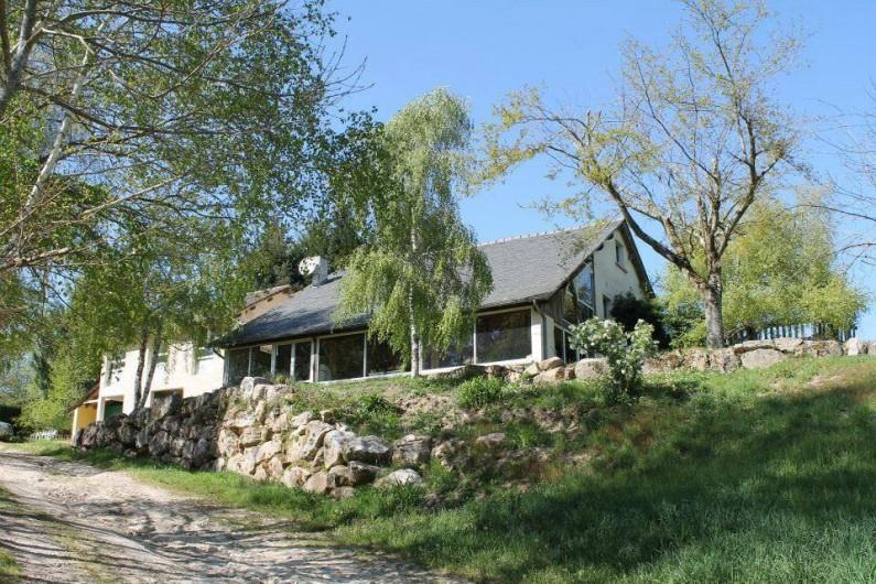 Location de vacances - Bungalow - Mobilhome à Villefranche-de-Rouergue - salle d'accueil où sont organisés les repas