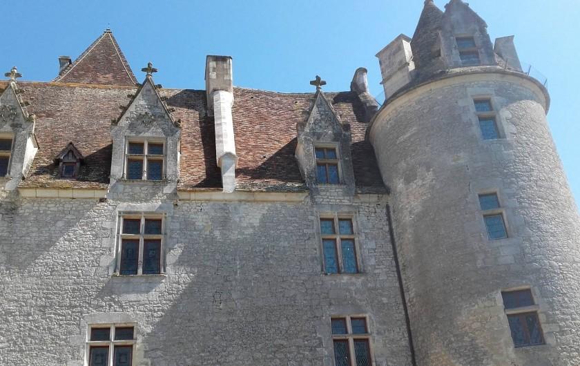 Location de vacances - Bungalow - Mobilhome à Saint-Cybranet - FAÇADE DU CHÂTEAU
