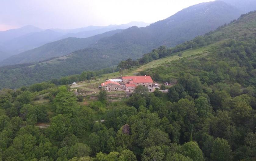 Location de vacances - Gîte à Prats-de-Mollo-la-Preste - Mas Taillet, dans les hautes montagnes. Altitude 1000m.