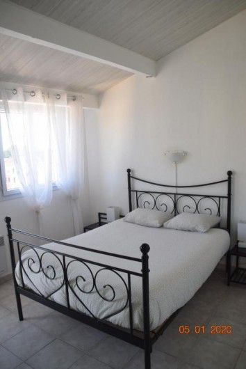 Location de vacances - Appartement à Fréjus - Chambre