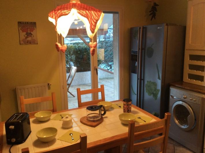 Location de vacances - Gîte à Cier-de-Luchon - cuisine