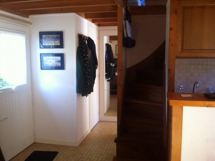 Location de vacances - Gîte à Barneville-Carteret - Entrée et escalier Mezzanine