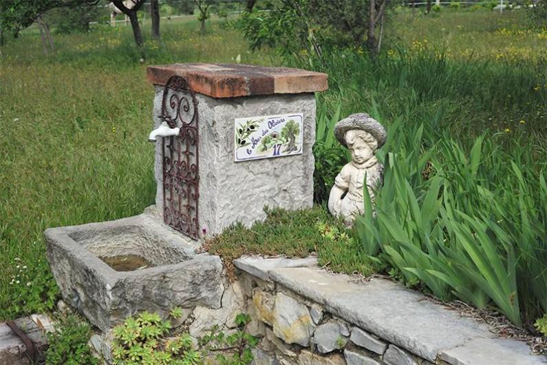 Location de vacances - Gîte à Saint-Jean-de-Serres - fontaine