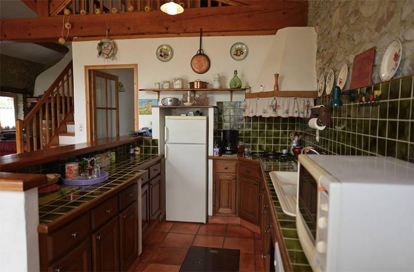 Location de vacances - Gîte à Saint-Jean-de-Serres - cuisine